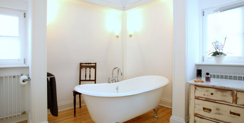 Step By Step Guide On How To Renovate A Bathroom